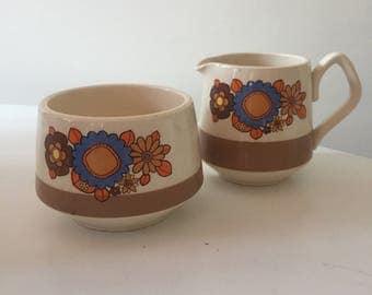 Vintage Retro 1960s 1970s 70s 60s Sadler flower power milk jug & sugar bowl set
