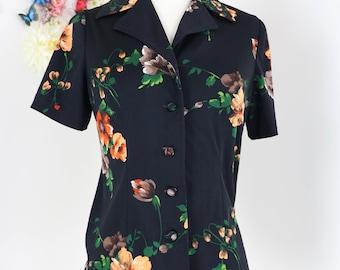 1960s Top - Floral Print Shirt - Short Sleeve - Button Up - Collar - Black Orange Green - Vintage - Hipster Retro - Size Medium
