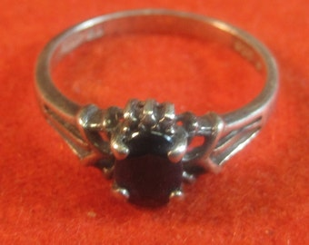 Vintage Sterling Silver Onyx Gemstone Ring Sz 7.75 R9