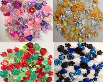 100 x Mixed Flatbacks Hearts Resin Pearls Bow Gems Flower Embellishments Cabochon