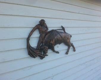 Vintage Matador Dart Industries No. 7126 Antique Bronze Bull Ring Matador Wall Decor