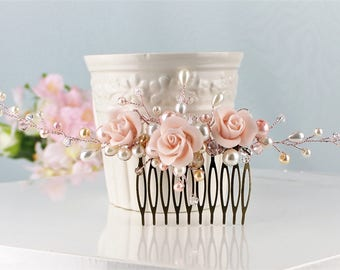 Blush Pink Bridal Comb, Wedding Comb Floral Vine Hair Accessory, Pink Ivory Rose Gold wedding Comb, Rhinestone Pearl Comb Pink Wedding.