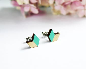 chevron earrings, minimalist earrings, geometric wooden ear studs, scandinavian design, wooden earrings, mint, chevron jewelry