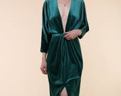 Emerald Green Velvet Dress / Vintage Velvet Dress / 70s 80's Velvet Dress