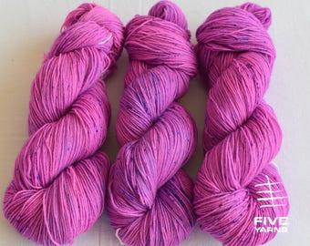 Hand dyed sock yarn: Purpledot - Sock - 75 Superwash Wool/25 Nylon, Handdyed yarn, Handdyed sock yarn