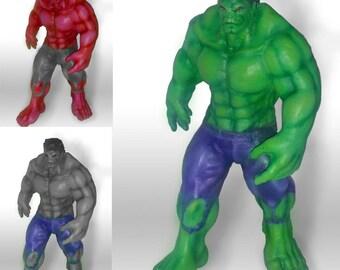 Hulk sculpture - Green - Grey - Red