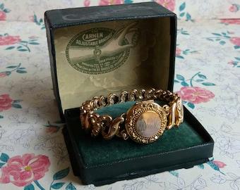 1910s Edwardian Carmen Adjustable Sweetheart Bracelet Locket - Original Box - D F Briggs Massachusetts - Patented 1890 to 1901