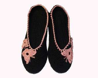 Slippers for women,gift for her,ballet shoes,cotton shoes, crochet slippers