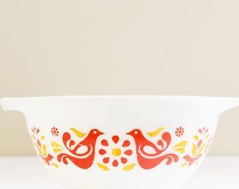 Vintage Pyrex - Mixing Bowl - Cinderella Nesting bowl - Friendship Pattern - Small Mixing Bowl -  #441 - 1970's era