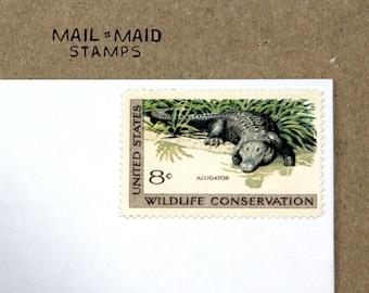 Wildlife Conservation - Alligator || Set of 10 unused vintage postage stamps