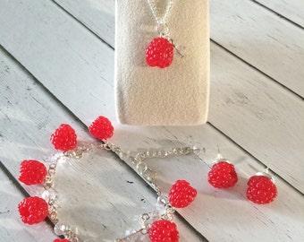 Set of jewelry Bracelet Pendant Earrings Berry Raspberry Polymer clay