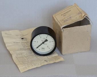 Pressure gauge, Vintage gauge, Soviet gauge, pressure meter, industrial sensor, Steampunk, industrial decor, soviet device, New old stock.