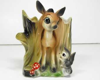 Deer and Raccoon Pocket Planter Virginia Beach Souvenir  (1155)