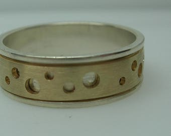 Ladies Silver / 14k Circle Channel Band
