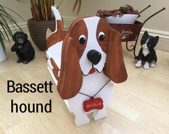 BASSETT HOUND ,wooden dog planter,garden ornament