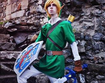 The Legend of Zelda: Ocarina of Time Link Cosplay