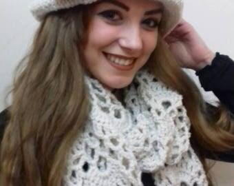 Women cloche hat, Cloche hat, Cloche, Womens hat and scarf set, Hat and scarf set, Hat and scarf, Hat with scarf, Womens hat scarf, Winter