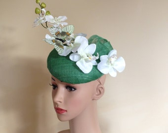 Green Hat,Wedding Hat Green,Pillbox Hat Green,Ascot Hat Green,Green Fascinator,Wedding Hats,Fascinators,Butterfly Hat,Pillbox Green Hat