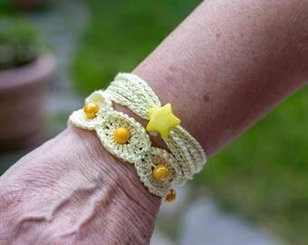 Set of bracelets to crochet