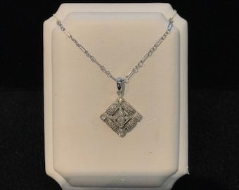 14kt Vintage Diamond Pendant with chain included VPL-8