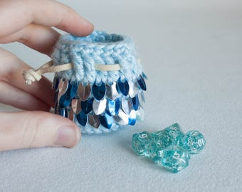 Travel Size Dice Bag - Mini Scalemail Dice Set - Blue and Silver Novelty Game Dice - Tiny Coin Pouch