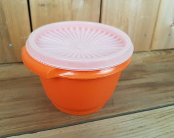 Vintage Tupperware 70s Orange Servalier Bowl Starbust Clear Lid Food Storage Container Made in Canada Mod Retro Kitchen Home Decor Farmhouse