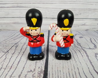 Vintage Christmas Toy Soldiers Salt & Pepper Shakers Noel Holiday Table Centerpiece Santa's Helper Kitchen Decor Gift Collectible
