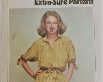 Vintage Simplicity sewing pattern 8823 - Misses' pullover dress and tie belt - extra sure pattern - shirt dress size 10 12 14