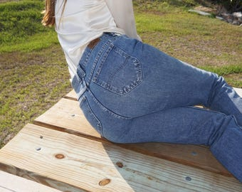 """Lee Tapered High Waist Mom Jeans / 10 / 29"""" 30"""""""