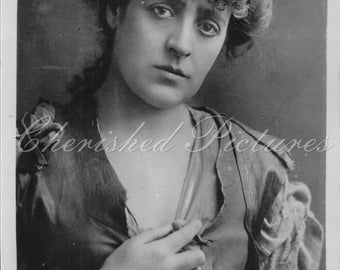Edwardian Actress, Miss Phyllis Broughton. Postcards Posted ~ 1909