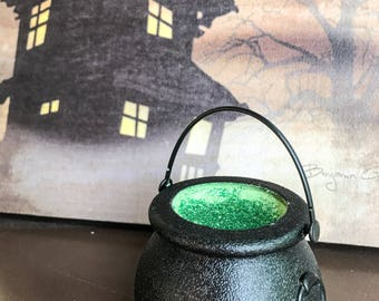 Halloween Bath Fizzie, Witch Cauldron, Horror Bath Bomb, Fizzie, Goth, Creepy, Spooky, Witches, Party Favor, Gift