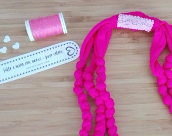 Four-wire cotton Fuchsia necklace knots