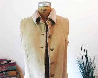 Vintage Designer Genuine Spanish Lamb Shearling 70s Style Vest VAKKO NYC Womens Size Medium Beige Light Tan