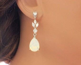 Swarovski crystal earrings, wedding drop earrings, teardrop earrings, bridal earrings, bridesmaid earrings, wedding jewelry, bridesmaid