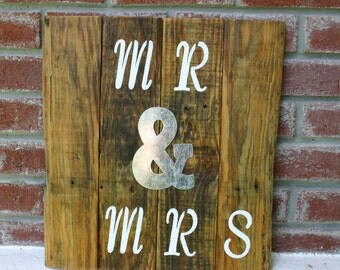 MS & MRS wedding sign rustic style wall decor on recycled wood pallet