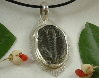 "Trilobite Mens Necklace Sterling Silver Fossil Cheeks Utah Natural Fossil Handmade 18"" Adjustable Mens Necklace Cord Black   420 G"