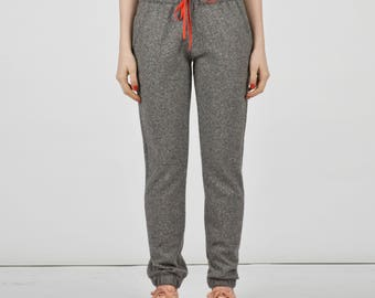 Elastic Trousers in cloth