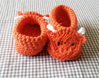 Handmade Baby Gift |  Crochet Baby Booties | Highland Cow Booties | Baby Shower Gift | New Baby | Boy | Girl | Scottish Baby | Scotland Gift