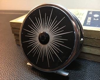Vintage Johnson Magnetic No. 5 Fly Fishing Reel