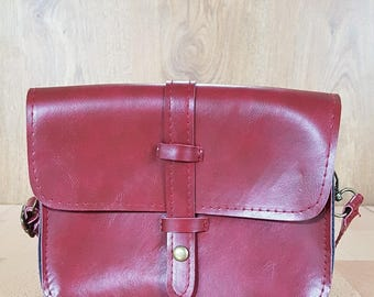 Vintage leather hand bag oxblood purse red burgundy marsala fashion accessories