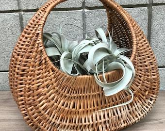 Wicker Basket // Vintage Basket // VTG Basket with handle // Boho // Bohemian Decor