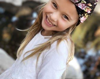 Black Blossom Lace Turban