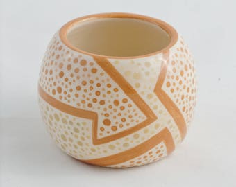 Mini white Bowl with brown lines