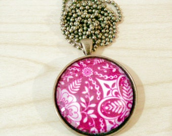 Fuchsia pattern - Necklace