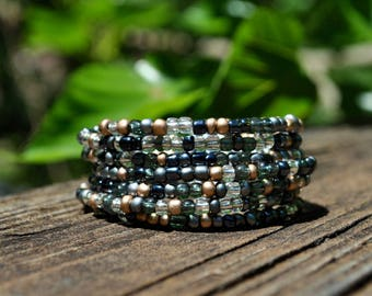 Wrap Bracelet, Black and White Bead Bracelet, Memory Wire Bracelet, Boho Beaded Bracelet, Beaded Bracelet, Personalized Bracelet