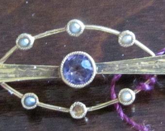 VINTAGE Garnet 10K GOLD Brooch with Seed Pearls