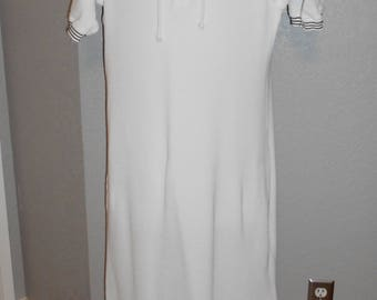 The J. Peterman Co, Long white  comfort/beach  wear with hood size medium