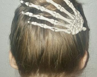 Skeleton Hand Hair Clip, Skeleton Barrette, Halloween Hair Clips, Skeleton Hands, Skeleton Hand Hair Barrette, Goth Hair Clips
