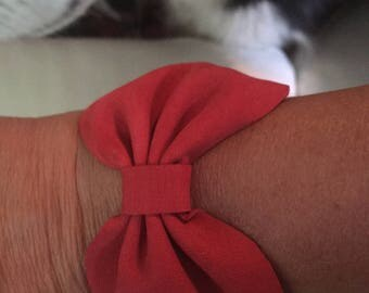 Red bow tie leather braclet