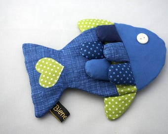 Crackle cloth fish in blue